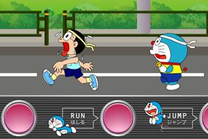 机器猫跑马拉松